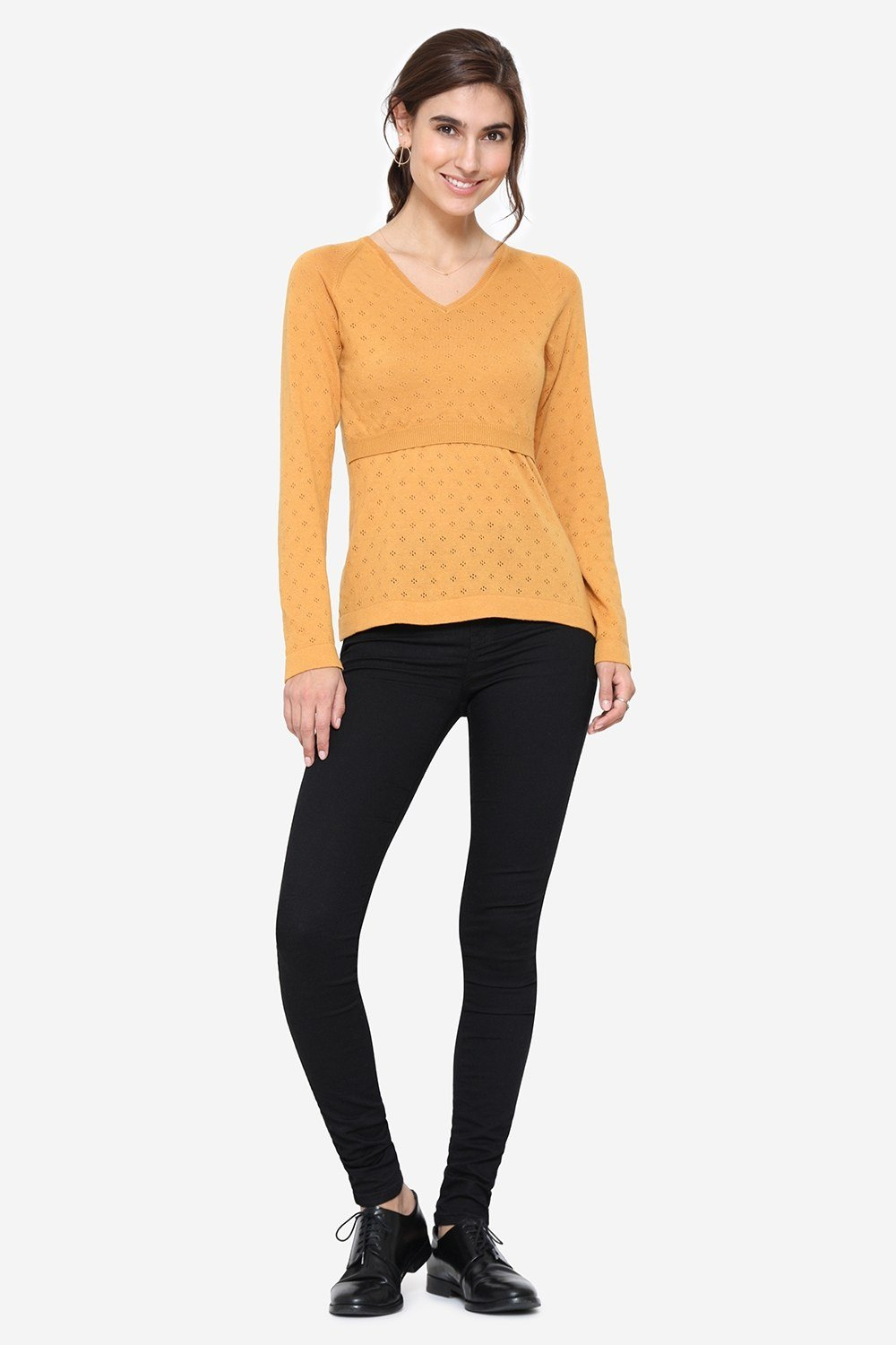YeYellow V-neck nursing jumper in organic cotton, full figur