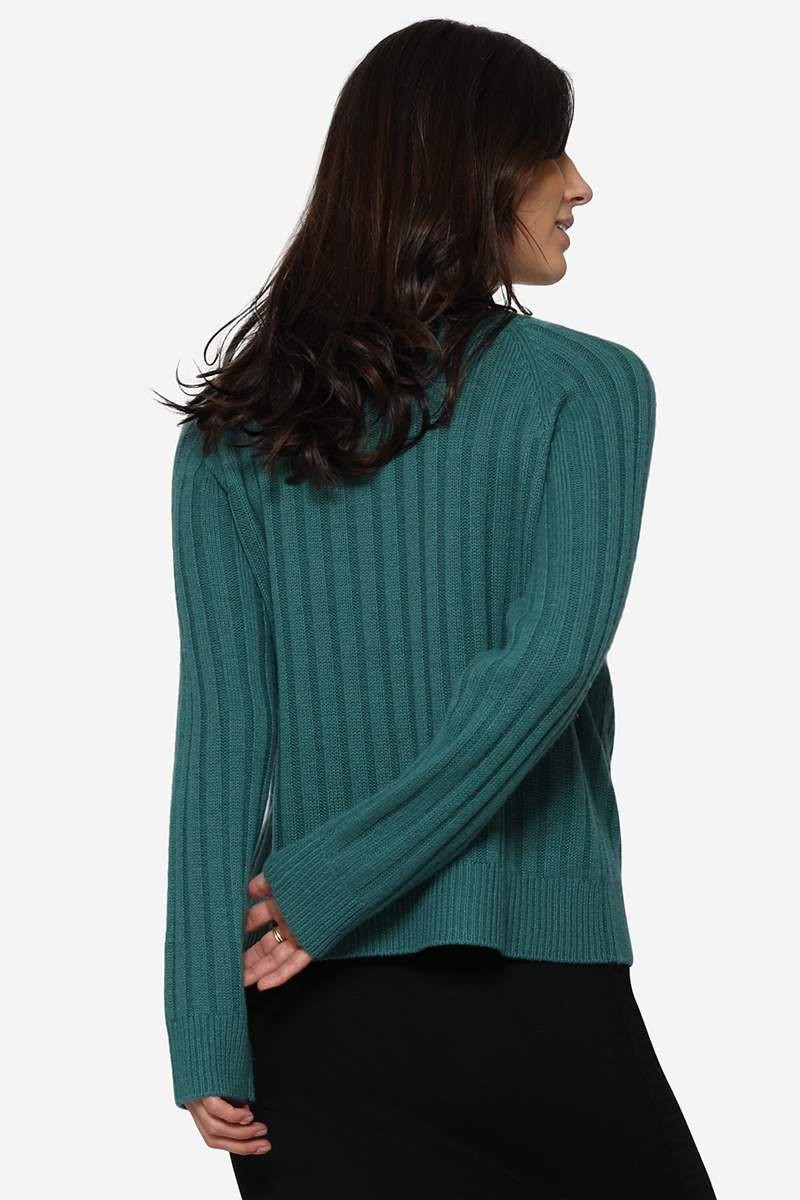 Green nursing jumper in Merino wool and rib knit - Seen from behind