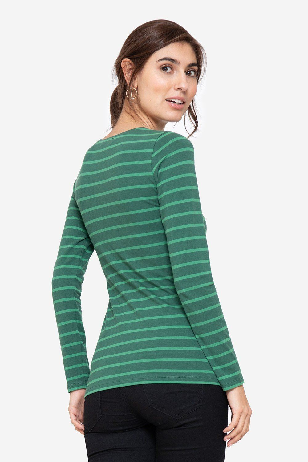 Green nursing blouse with green stripes, seen from behind