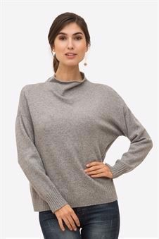 Soft cashmere sweater in grey with small collar - Front view