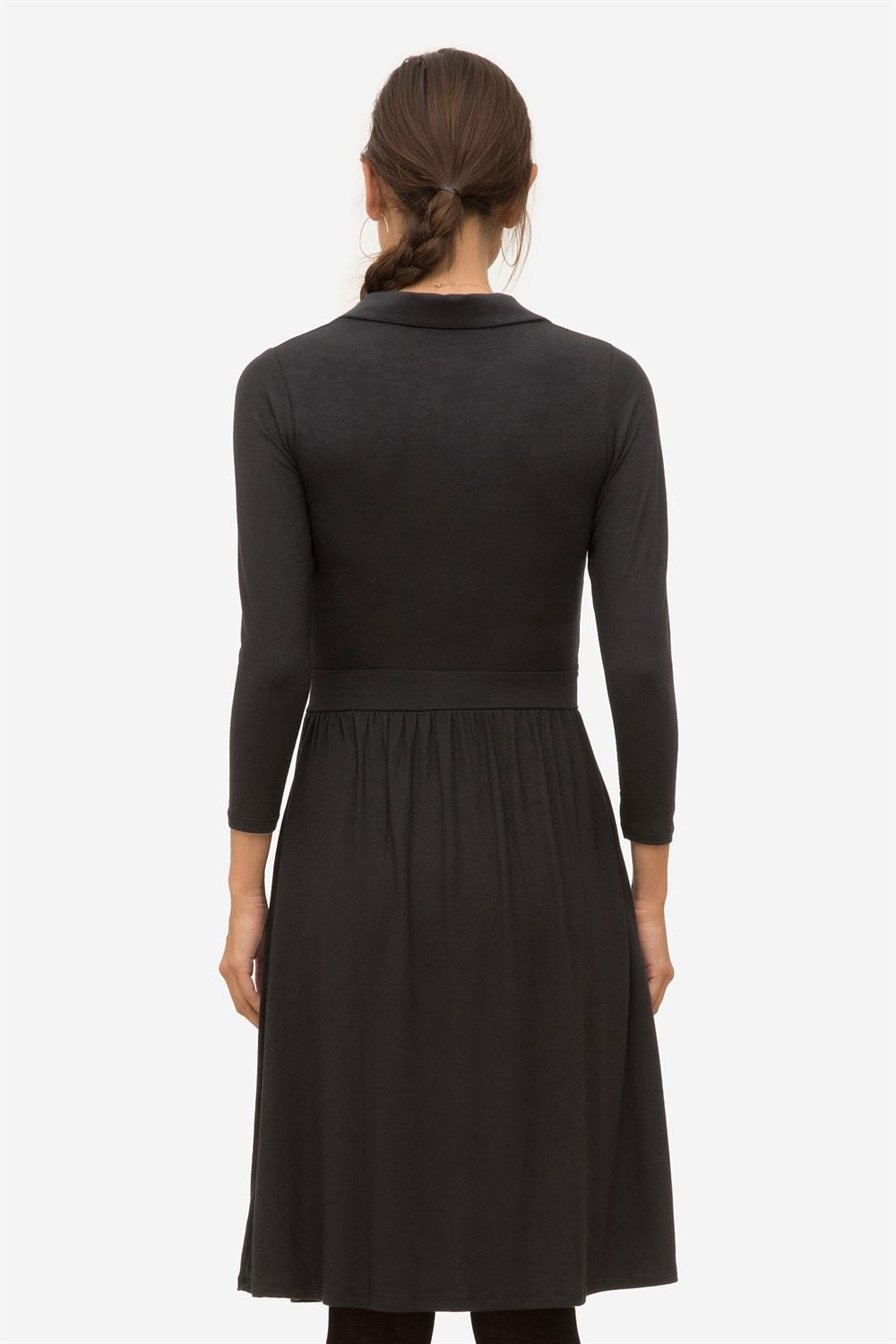 Black nursing dress with a stylish shirt-collar - Seen from behind