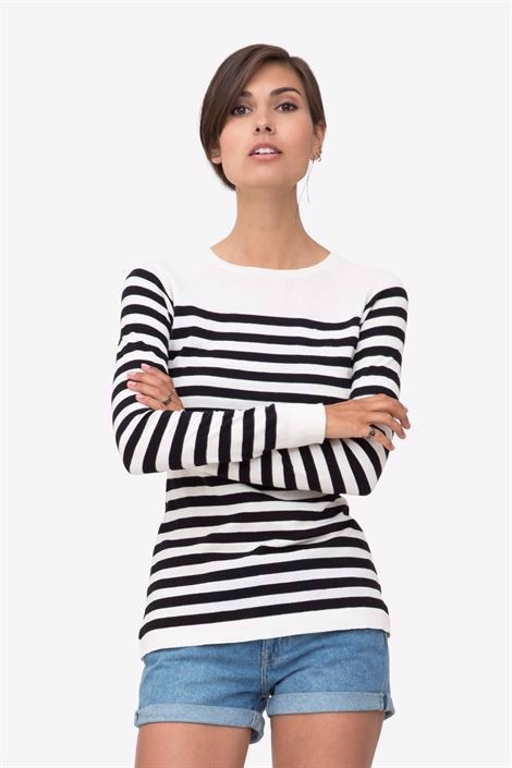 Black/white striped nursing shirt made in organic cotton knit - a casual front pose