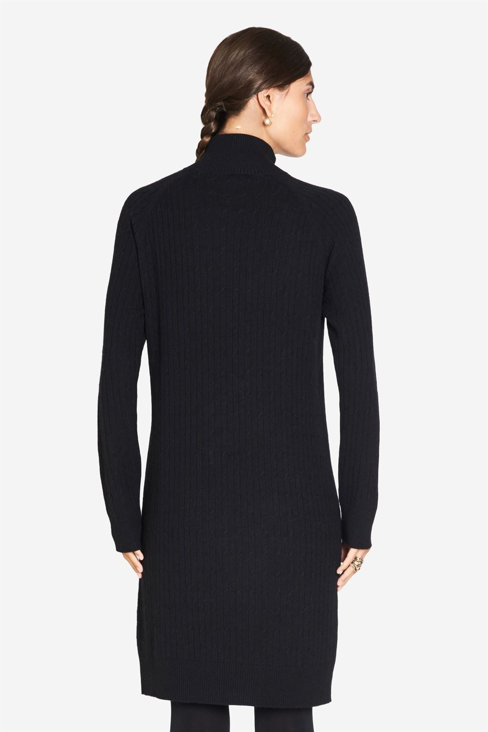 Black High-necked nursing dress in cable knit - Seen from behind