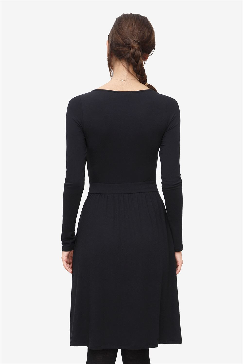 Black nursing dress with wrap look in soft bamboo fibres - Seen from behind